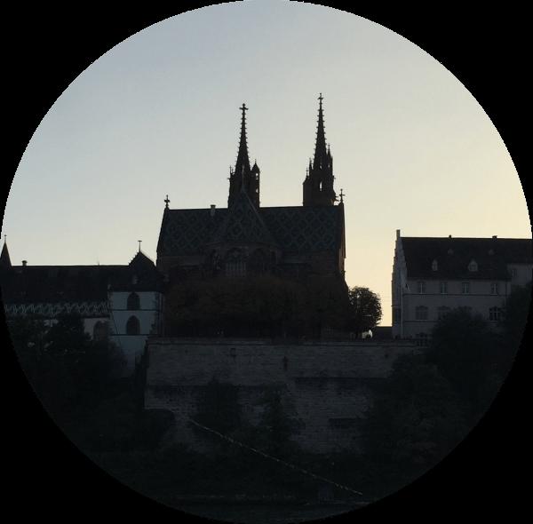 Basler Münster: Das Gegenüber von unserem Theorielokal